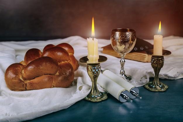 Ceremonia havdali pod koniec żydowskiej soboty Premium Zdjęcia