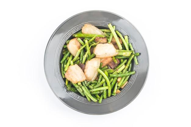 Chińskie Jedzenie : Smażony Czosnek Pędy Z Wieprzowiną. Darmowe Zdjęcia