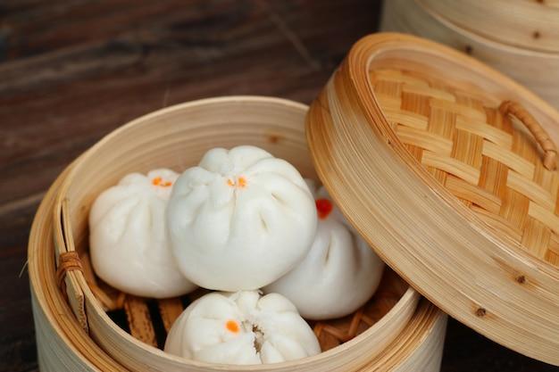Chińskie pierożki na parze Premium Zdjęcia