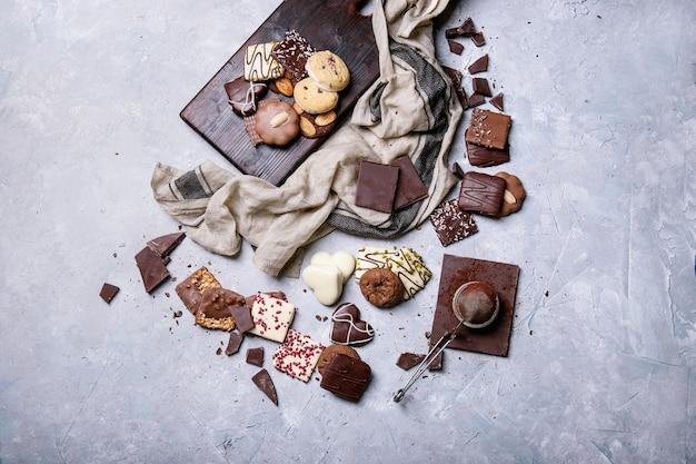 Ciemna Czekolada I Słodycze Premium Zdjęcia