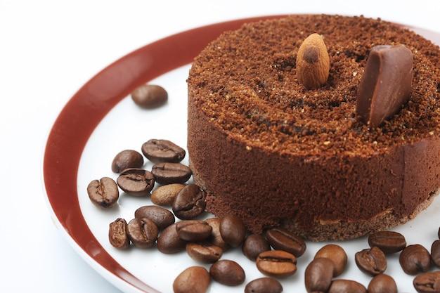 Ciemny Czekoladowy Tort Na Talerza Zakończeniu Up Premium Zdjęcia