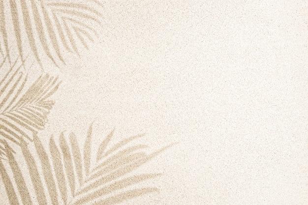 Cień Liścia Palmy Na Piasku, Widok Z Góry, Kopia Przestrzeń Premium Zdjęcia