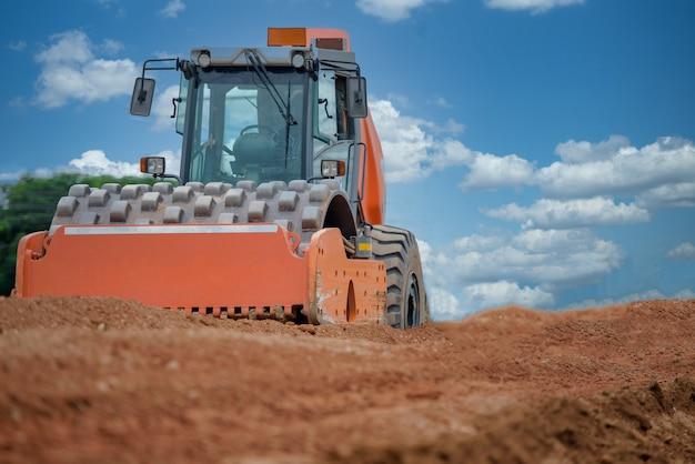 Ciężki Sprzęt Na Budowie Drogi Na Budowie Premium Zdjęcia