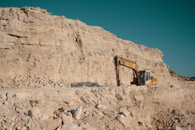 Ciężkie Maszyny W Kamieniołomach Darmowe Zdjęcia