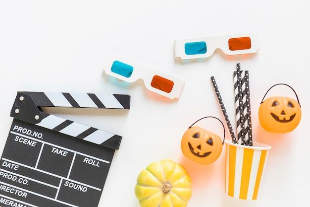 Clapperboard i okulary 3d w pobliżu rzeczy halloween party Darmowe Zdjęcia