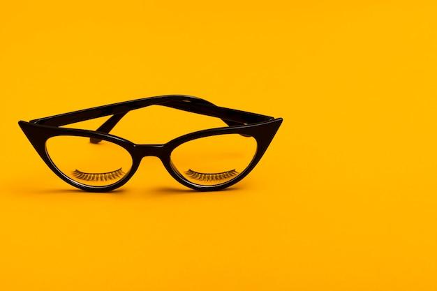 Close-up retro czarne okulary Darmowe Zdjęcia