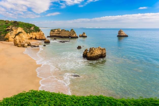 Cudowne Plaże Portugalii. Lagos, Algarve. Premium Zdjęcia