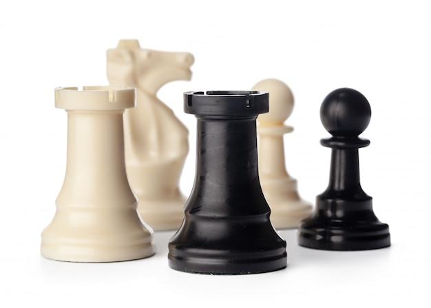 Czarno-białe Szachy Na Białym Tle Premium Zdjęcia