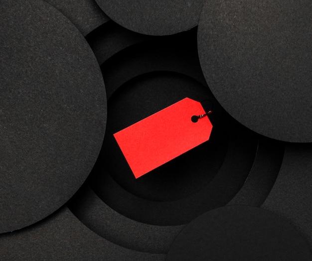 Czerwona Metka Na Czarnym Tle Premium Zdjęcia