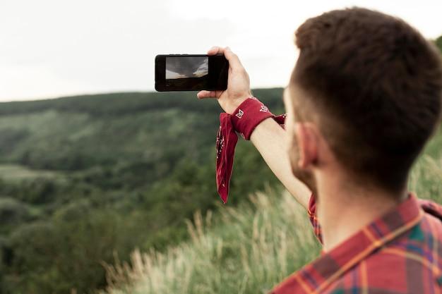 Człowiek W Naturze Przy Selfie Darmowe Zdjęcia