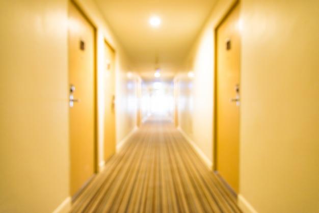 Długi korytarz z punktu zbiegu Darmowe Zdjęcia