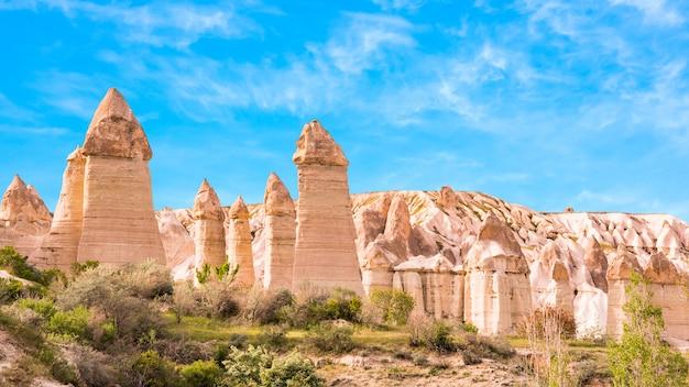 Dolina Miłości Göreme, Kapadocja, Turcja Premium Zdjęcia