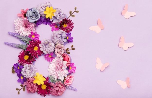 Dość 8 Marca Symbol Wykonany Z Kwiatów Darmowe Zdjęcia