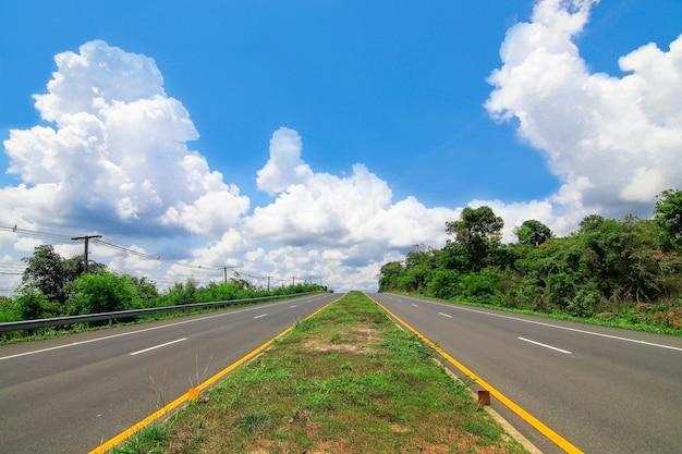 Droga Utwardzona Premium Zdjęcia