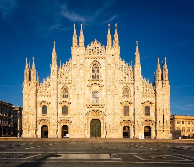 Duch Milano Premium Zdjęcia