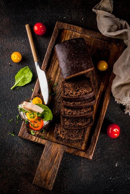 Duńska otwarta kanapka smorrebrod Premium Zdjęcia
