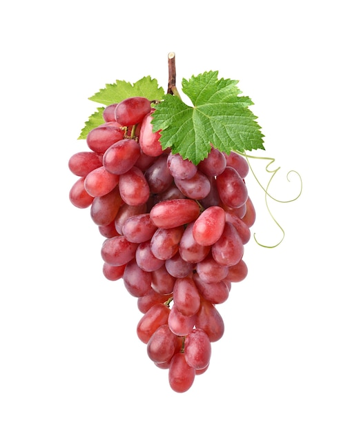 Duży Bukiet Czerwonych Winogron Z Zielonymi Liśćmi Na Białym Tle Premium Zdjęcia