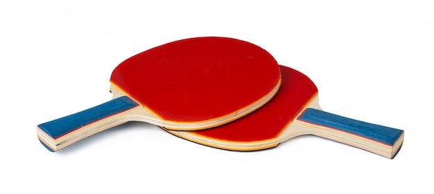 Dwa Ping Ponga Kanta Odizolowywającego Na Białym Tle Premium Zdjęcia