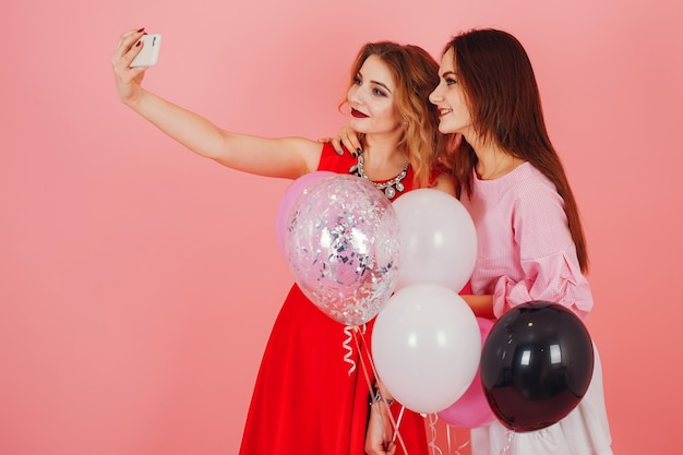 Dziewczyny Z Balonami Premium Zdjęcia