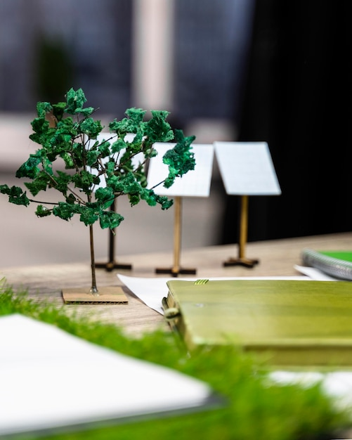 Ekologiczny Układ Projektu Energii Wiatrowej Na Biurku Darmowe Zdjęcia