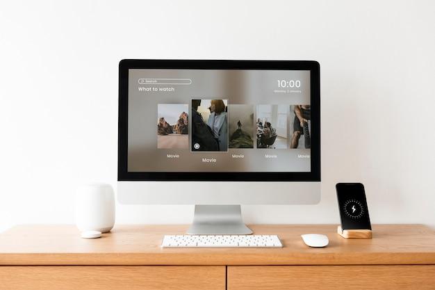 Ekran Pulpitu Komputera Na Stole Darmowe Zdjęcia