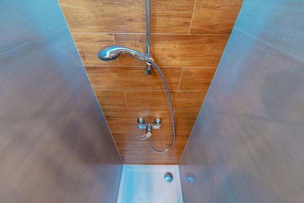 Elegancka I Nowoczesna Kabina Prysznicowa W łazience Premium Zdjęcia