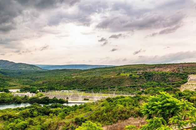 Elektrownia Wodna Furnas W Rio Grande, Stan Minas Gerais, Brazylia, Aka The Minas Sea Premium Zdjęcia