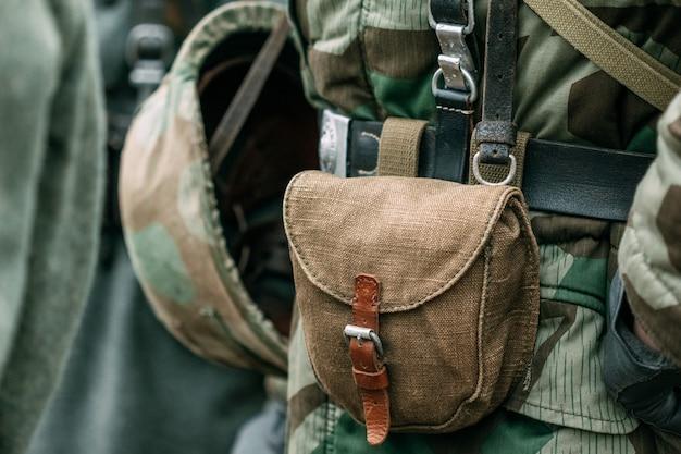 Etui Na Pasek żołnierza Premium Zdjęcia
