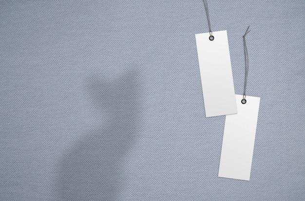 Etykieta Ubrania Na Tle Tkaniny. Makieta Szablonu Marki Premium Zdjęcia