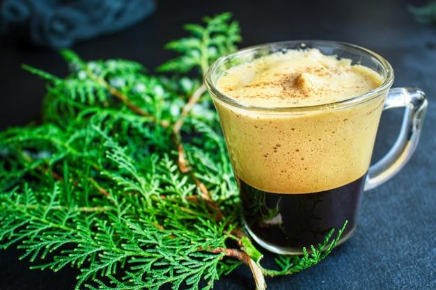 Filiżanka Gorącej Kawy, Kakao Lub Gorącej Czekolady Premium Zdjęcia