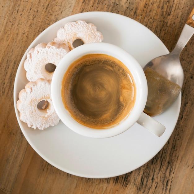 Filiżanka Kawy Z Ciastkami Darmowe Zdjęcia