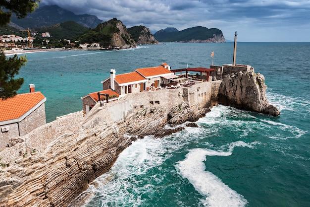 Fort Na Wyspie Premium Zdjęcia