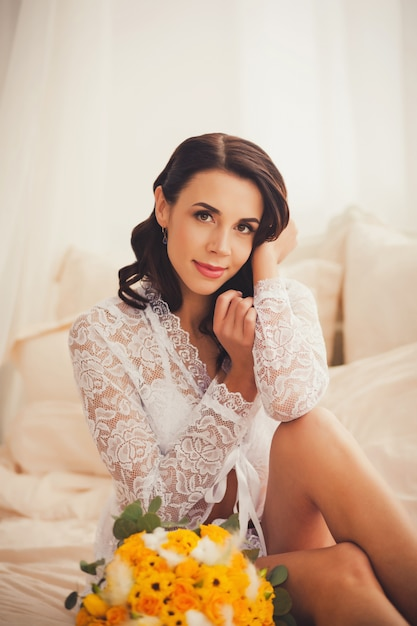 Fotografia Mody Piękna Młoda Kobieta W Pokoju Premium Zdjęcia