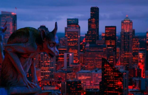 Gargoyle W Nocy Premium Zdjęcia