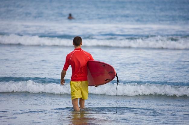 Główne Wybrzeże Morza Będzie Surfować Darmowe Zdjęcia