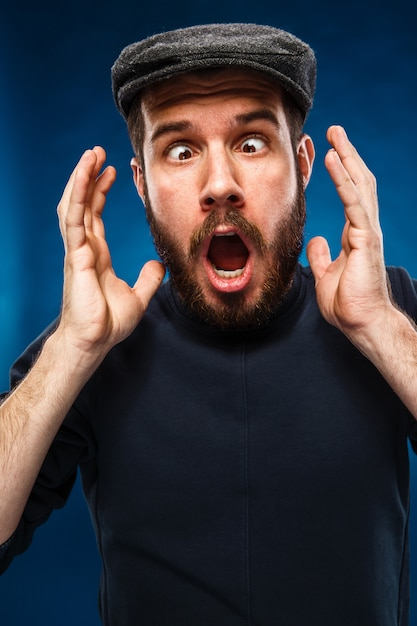 Gniew I Krzyczący Człowiek Darmowe Zdjęcia