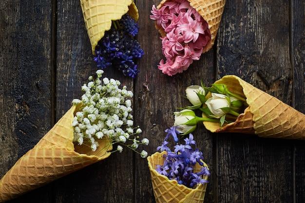Gofry Do Lodów Z Kwiatami Darmowe Zdjęcia