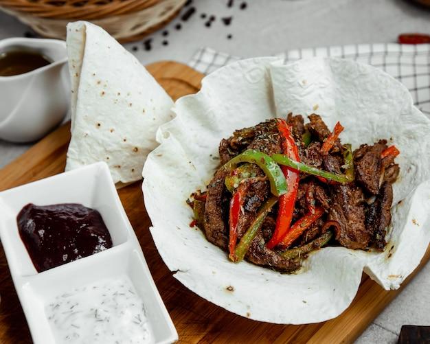 Gorące i pikantne mięso z warzywami Darmowe Zdjęcia