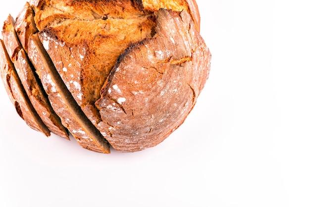 Gorący świeży Chleb Na Bielu Premium Zdjęcia