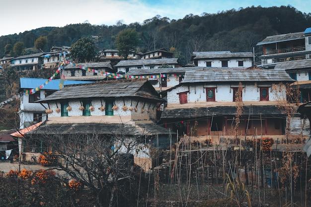 Górska Wioska, życie Na Wsi W Pokharze W Nepalu Darmowe Zdjęcia