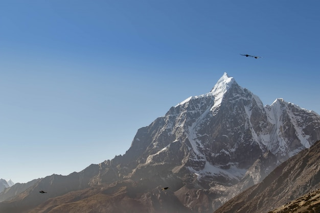Góry W Nepalu Są Wszędzie Wspaniałe Premium Zdjęcia