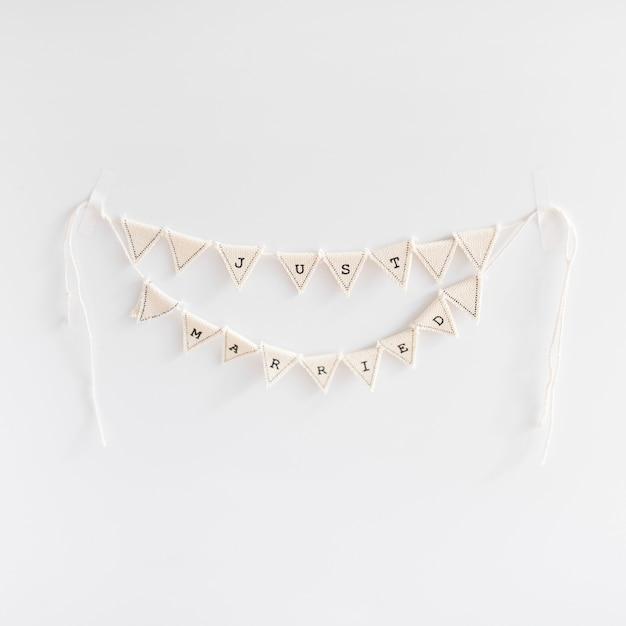 Handmade poślubiająca chorągiewka na białym tle Darmowe Zdjęcia
