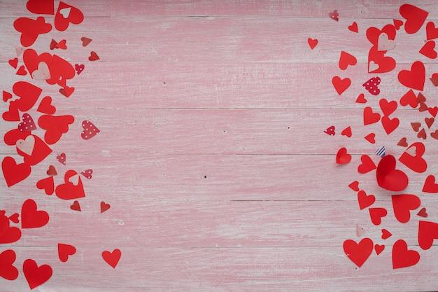 Happy Valentines Day Celebracja Miłości W Stylu Rustykalnym Na Białym Tle. Premium Zdjęcia