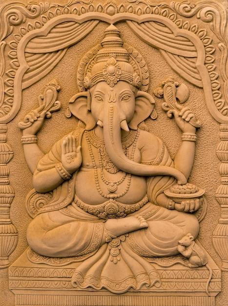 Hinduski bóg ganesha pan sukcesu Premium Zdjęcia