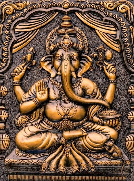 Hinduski bóg ganesha pan sukcesu. Premium Zdjęcia