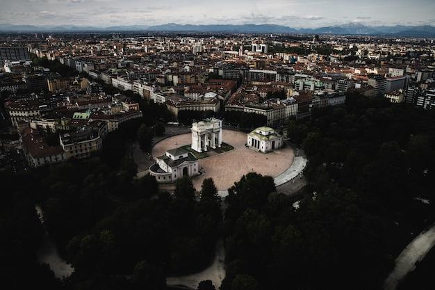 Historyczna Wieża Branca W Mediolanie Darmowe Zdjęcia