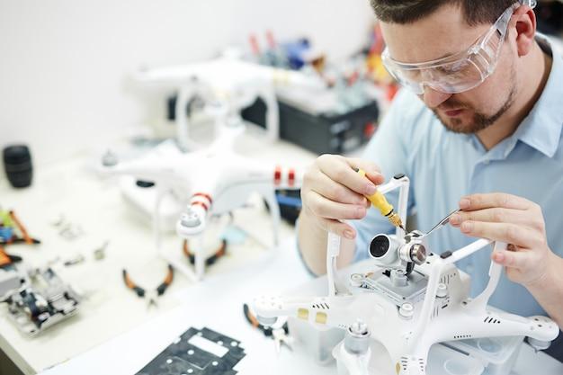 Hobby elektroniki dla mężczyzn Darmowe Zdjęcia
