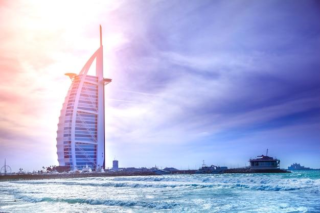 Hotel Burj Al Arab Z Plaży Jumeirah Premium Zdjęcia