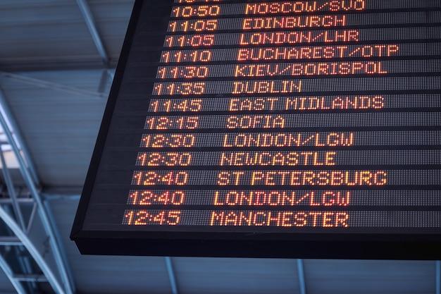 Informacji O Lotnisku W Porcie Lotniczym Darmowe Zdjęcia