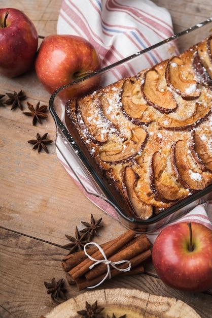 Jabłka Z Bliska I Pyszne Ciasto Darmowe Zdjęcia
